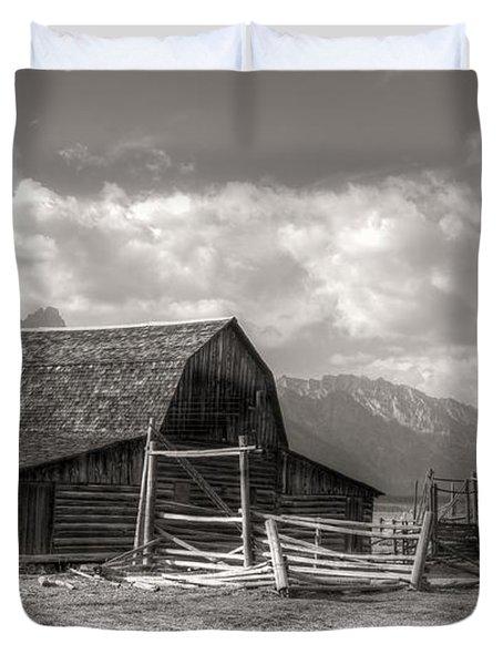 The Broken Fence Duvet Cover by Kathleen Struckle