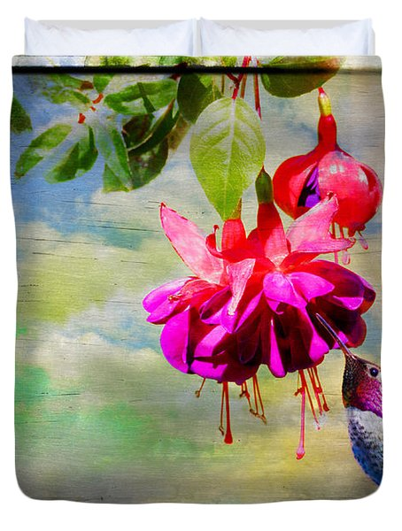 The Face Of Fuchsia Duvet Cover by Lynn Bauer