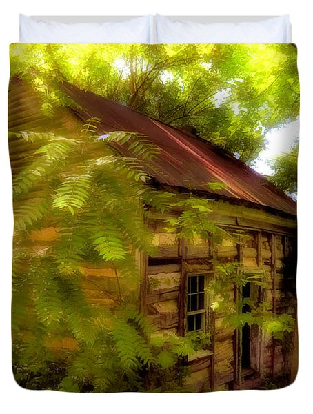 The Fixer-upper Duvet Cover by Lois Bryan