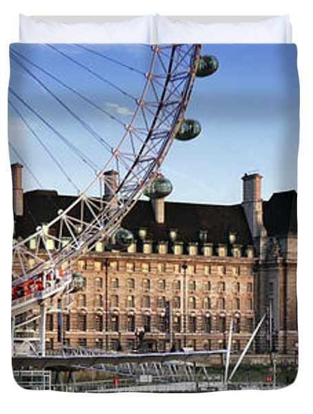 The London Eye And County Hall Duvet Cover by Rod McLean
