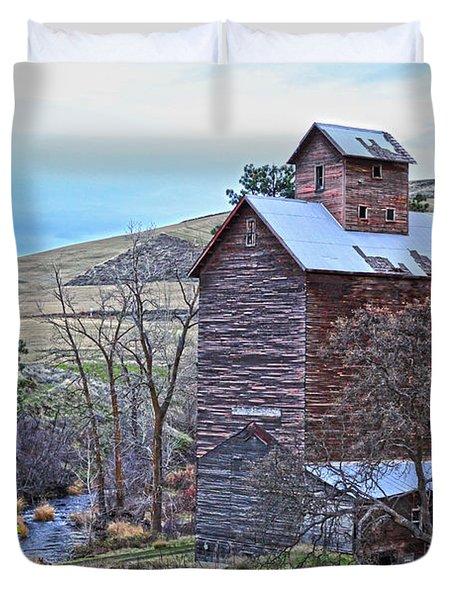 The Old Grain Storage Duvet Cover by Steve McKinzie