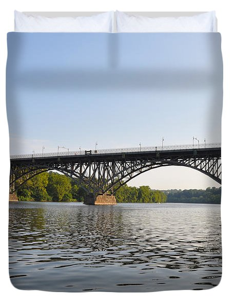 The Schuylkill River and Strawbery Mansion Bridge Duvet Cover by Bill Cannon
