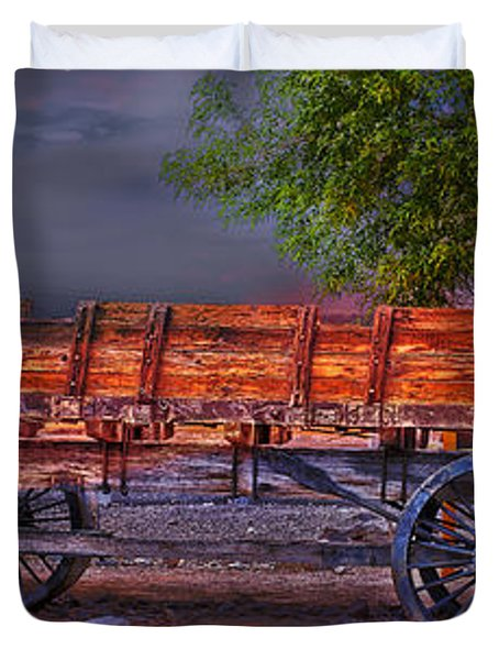 The Wagon Duvet Cover by Gunter Nezhoda