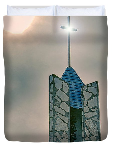 The Wayfarers Chapel Steeple Duvet Cover by Donna Greene