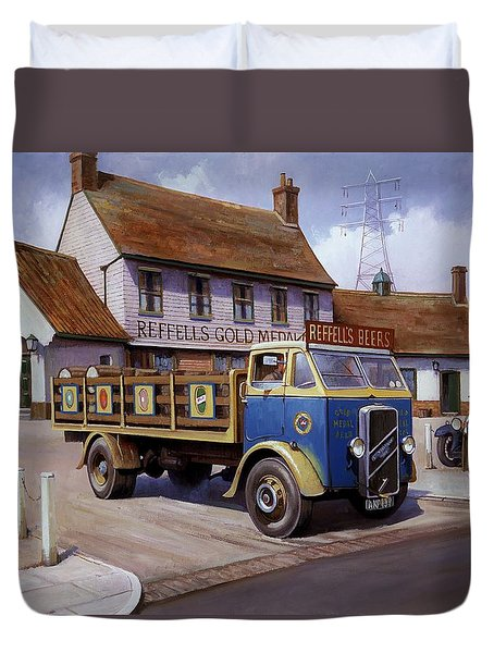 The Woodman Pub. Duvet Cover by Mike  Jeffries