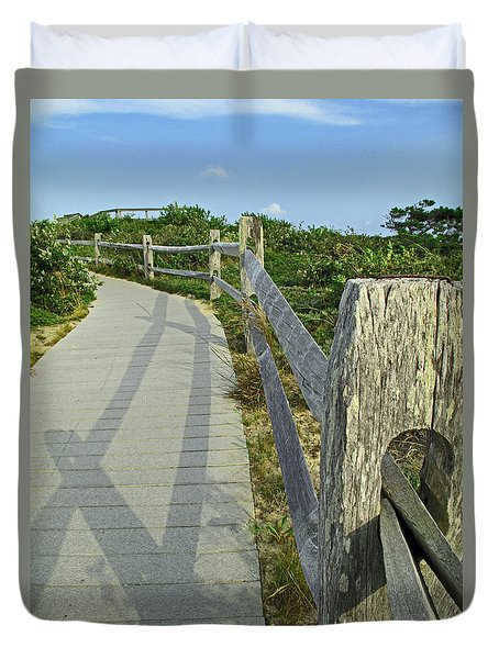 This Way To The Beach Duvet Cover by Barbara McDevitt