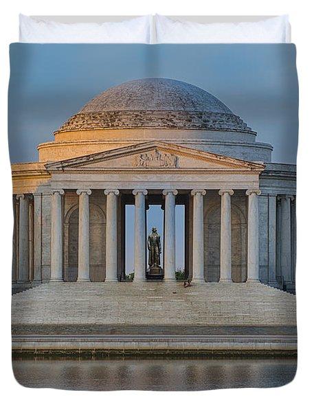 Thomas Jefferson Memorial At Sunrise Duvet Cover by Sebastian Musial