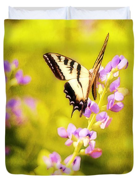 Those Summer Dreams Duvet Cover by Darren Fisher