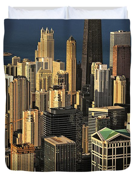 Through the haze Chicago shines Duvet Cover by Christine Till