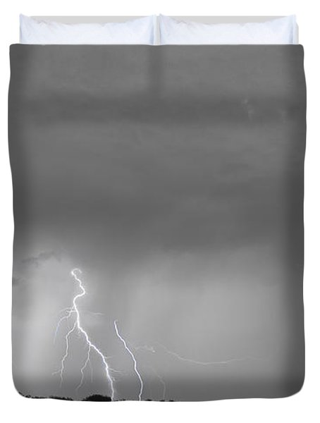 Thunder Rolls And The Lightnin Strikes Bwsc Duvet Cover by James BO  Insogna
