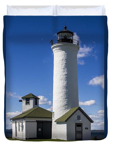 Tibbetts Point Lighthouse Duvet Cover by Ben and Raisa Gertsberg