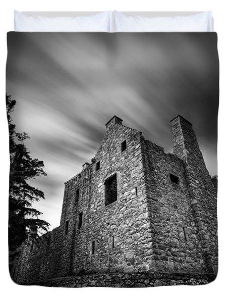 Tolquhon Castle Duvet Cover by Dave Bowman