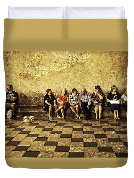Tourists On Bench - Taormina - Sicily Duvet Cover by Madeline Ellis