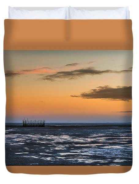 Duvet Cover featuring the photograph Tout Est Silence by Thierry Bouriat