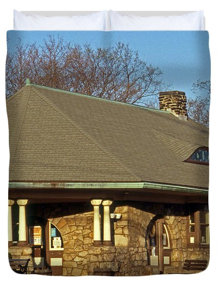 Train Stations And Libraries Duvet Cover by Skip Willits