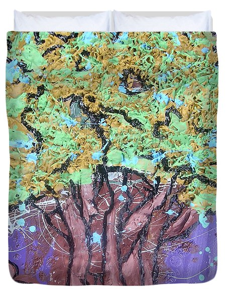 Tree In Three Dee Duvet Cover by Genevieve Esson