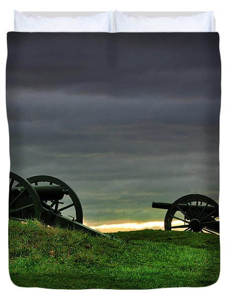 Two Cannons At Gettysburg Duvet Cover by Bill Cannon