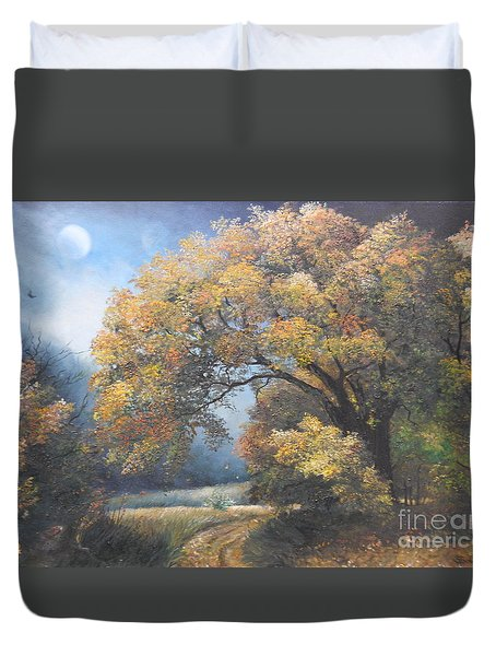 Under the moonlight  Duvet Cover by Sorin Apostolescu