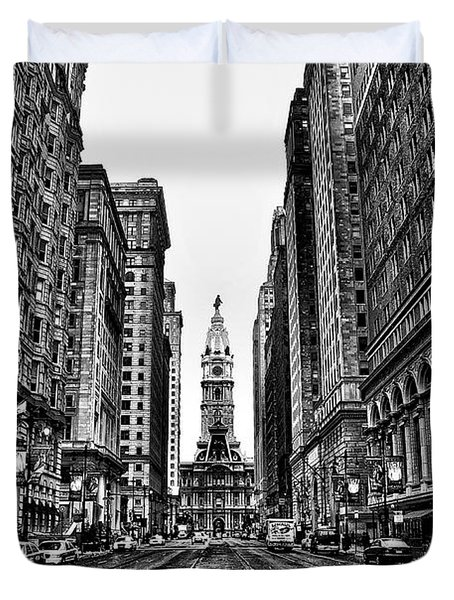 Urban Canyon - Philadelphia City Hall Duvet Cover by Bill Cannon