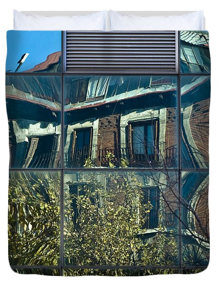 Urban Reflections Madrid Duvet Cover by Frank Tschakert