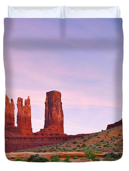 Valley of the Gods - A oasis for the soul Duvet Cover by Christine Till