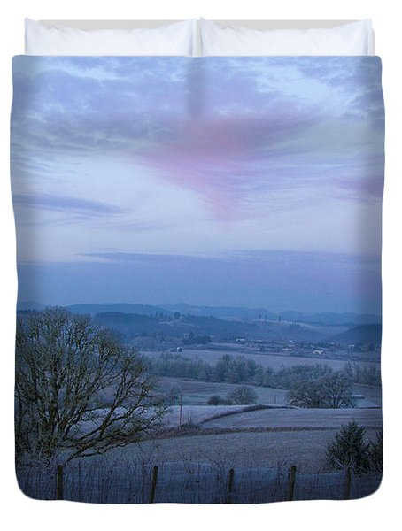 Vineyard morning light Duvet Cover by Jean Noren