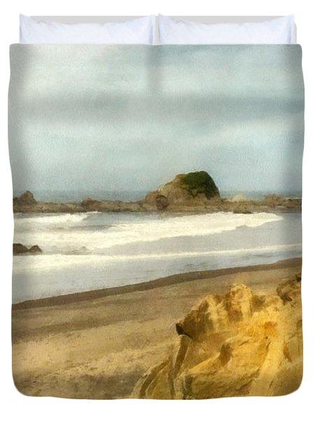 Washington State Seastacks Duvet Cover by Michelle Calkins