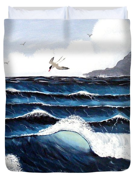 Waves And Tern Duvet Cover by Barbara Griffin