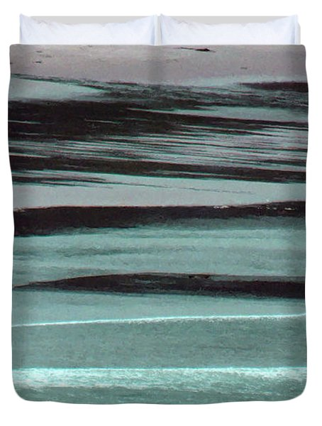 Waves On The Beach Duvet Cover by Methune Hively