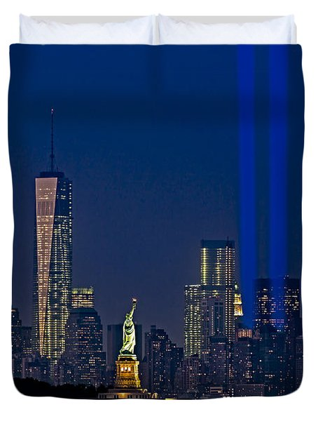 We Will Never Forget 2013 Duvet Cover by Susan Candelario