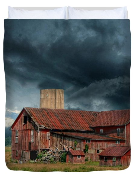 Weathering The Storm Duvet Cover by Lori Deiter