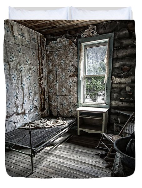 Wells Hotel Room 2 - Garnet Ghost Town - Montana Duvet Cover by Daniel Hagerman