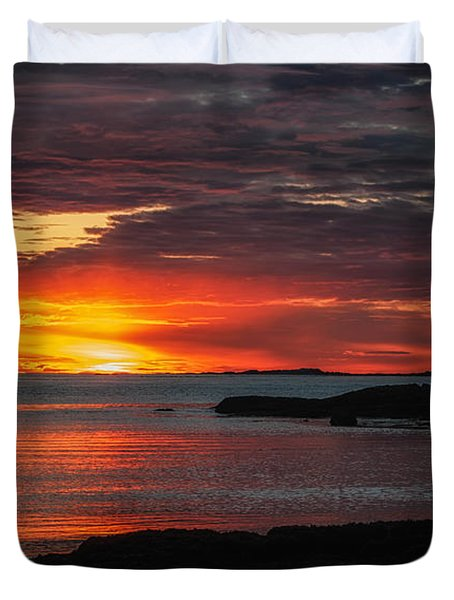 Whaleback Lighthouse Duvet Cover by Scott Thorp