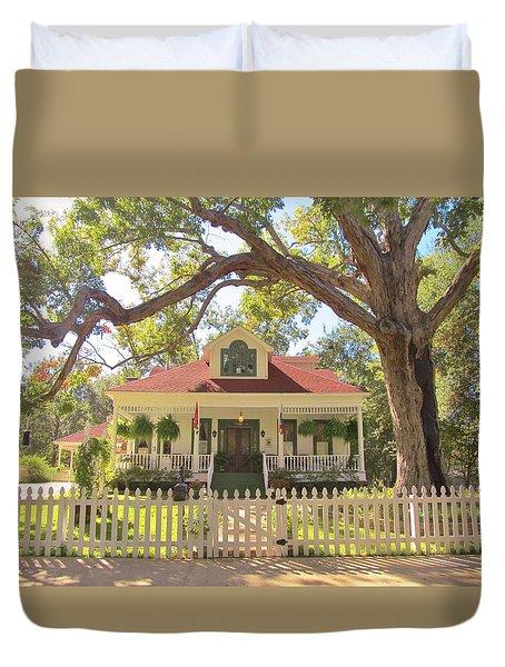 White Oak Manor Jefferson Texas Duvet Cover by Donna Wilson