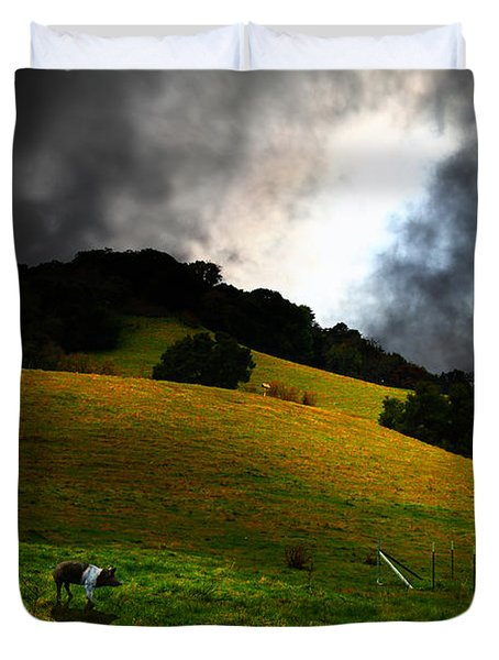 Wilbur The Pig Goes Home - 5D21059 Duvet Cover by Wingsdomain Art and Photography