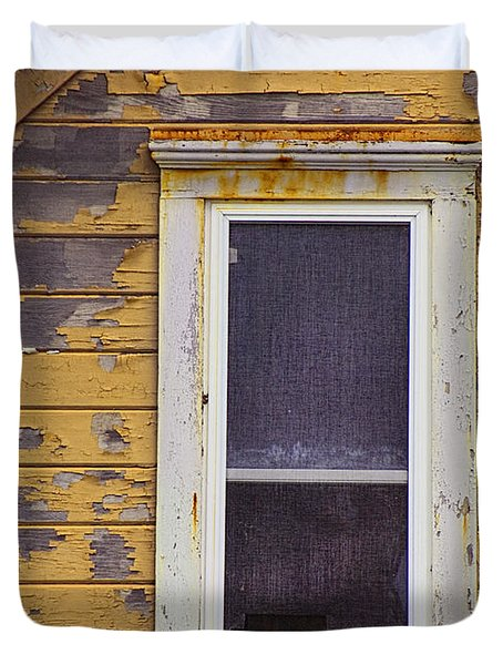 Window In Abandoned House Duvet Cover by Jill Battaglia