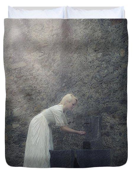 Wishing Well Duvet Cover by Joana Kruse