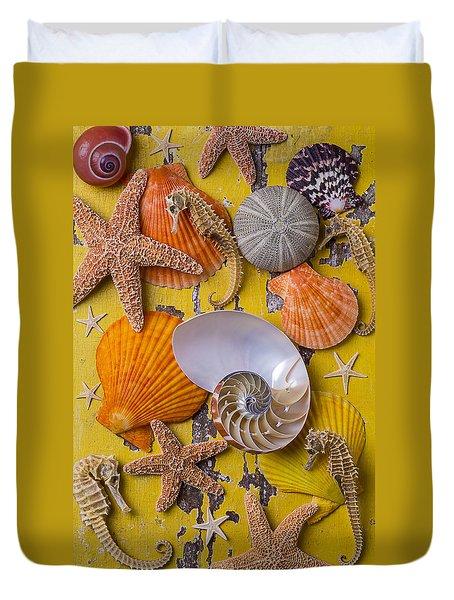 Wonderful Sea Life Duvet Cover by Garry Gay