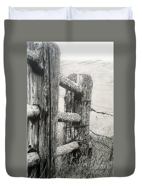Wood And Wire Duvet Cover by Jackie Mestrom