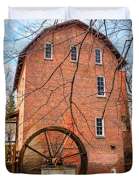 Wood's Grist Mill in Northwest Indiana Duvet Cover by Paul Velgos