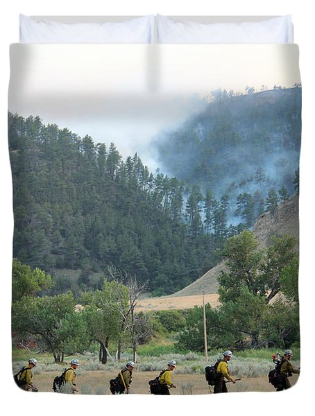 Duvet Cover featuring the photograph Wyoming Hot Shots Walk To Their Assignment by Bill Gabbert