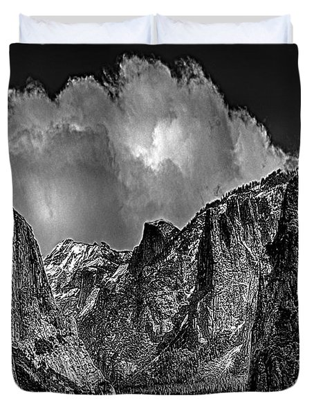 Yosemite Valley From Tunnel Duvet Cover by Bob and Nadine Johnston