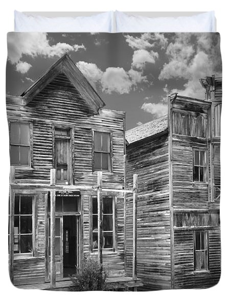 Elkhorn Ghost Town Public Halls - Montana Duvet Cover by Daniel Hagerman
