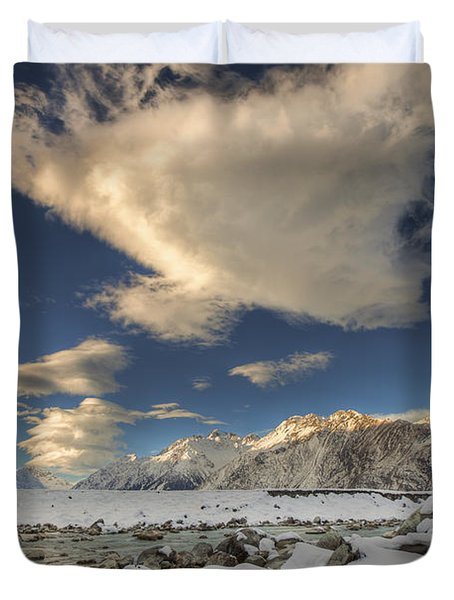 Hooker River In The Valley At Tasman Duvet Cover by Colin Monteath