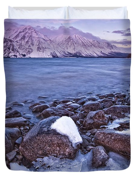 Kathleen Lake At Sunrise, Kluane Duvet Cover by Robert Postma