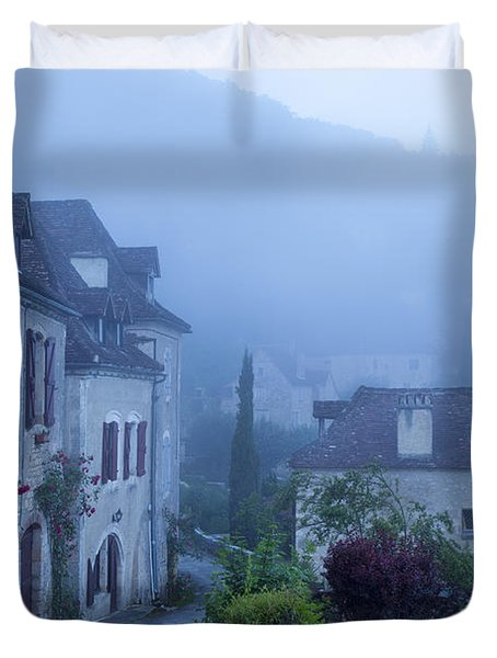 Misty Dawn In Saint Cirq Lapopie Duvet Cover by Brian Jannsen