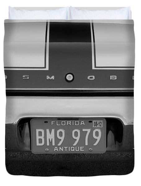 Olds Cs In Black And White Duvet Cover by Rob Hans