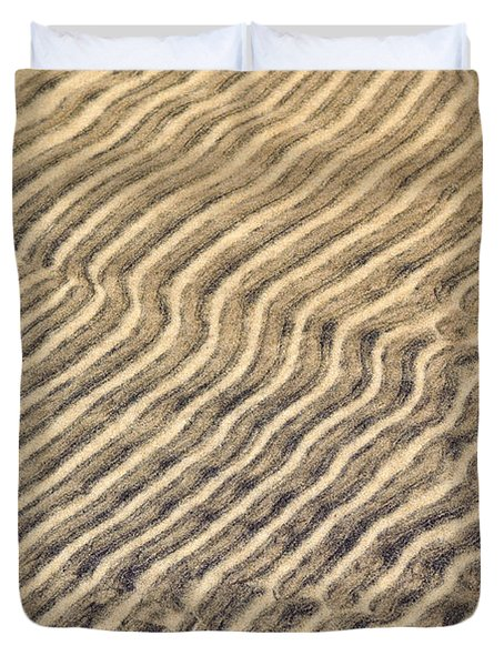 Sand Ripples In Shallow Water Duvet Cover by Elena Elisseeva