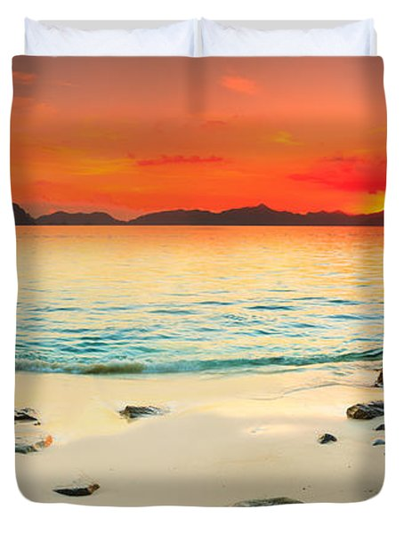 Seascape Panorama Duvet Cover by MotHaiBaPhoto Prints