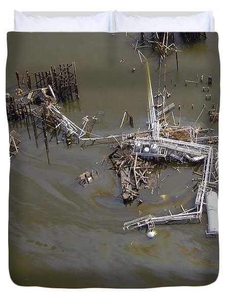 Hurricane Katrina Damage Duvet Cover by Science Source